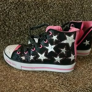 Shoes - Size 1 Y